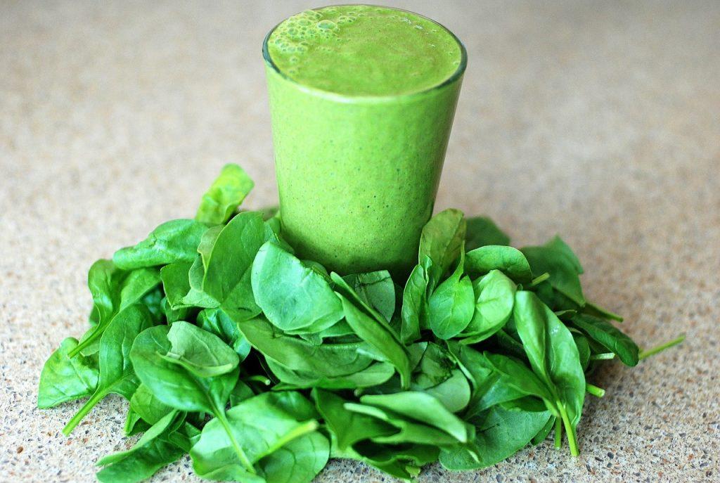 Spinach smoothie purine-rich vegetables